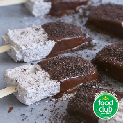 Cookies & Cream Frozen Cheesecake Pops